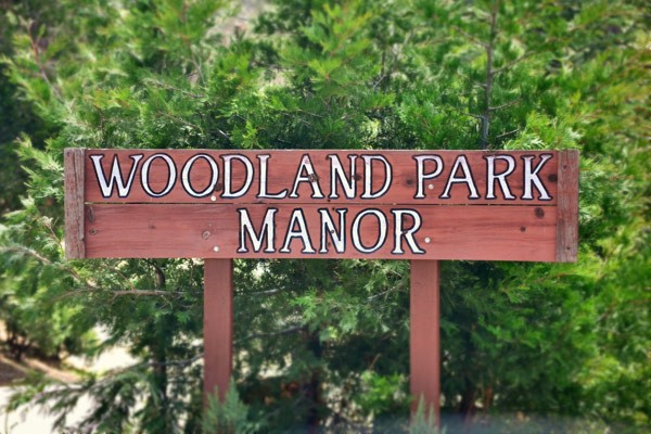 woodland park manor sign